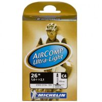 MICHELIN Chambre à Air VTT Aircomp Ultral-Light 26 x 1,45 - 2,6